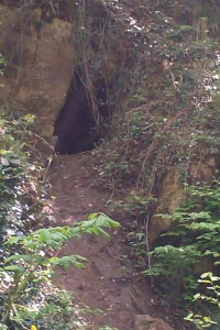 Reminded me of the cave entrance in 'The Dragon Legacy'.